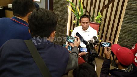Ketua Asprov PSSI Sumsel, Ucok Hidayat. - INDOSPORT