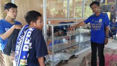 Indosport - Posko Viking diwarung makan Pasundan yang diserang OTD di Jalan Soekarno Hatta, Palembang.