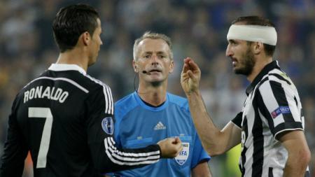 Chiellini dan Ronaldo. - INDOSPORT