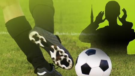 Terkena peluru nyasar, pemain muslim Lebanon sekaligus Ansar, Mohamed Atwi meninggal dunia. - INDOSPORT