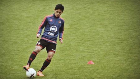Pemain muda Indonesia, Yussa Nugraha, resmi mendapatkan debut senior di tim B HBS Craeyenhout pada Minggu (13/10/19). - INDOSPORT