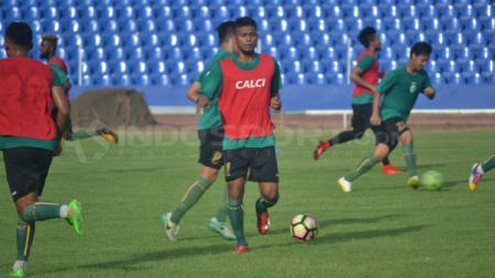 Gelandang Sriwijaya FC, Zulfiandi - INDOSPORT