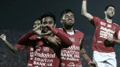 Indosport - Selebrasi M. Taufik usai mencetak gol pertama Bali United.