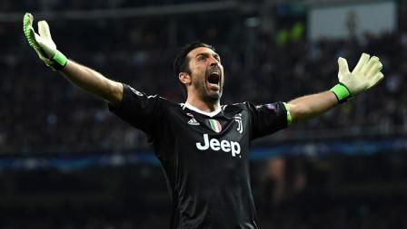 Aksi selebrasi Gianluigi Buffon.