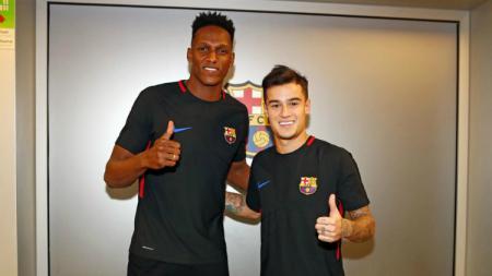 Dua pemain baru Barcelona, Mina dan Coutinho. - INDOSPORT