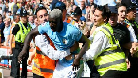 Selebrasi Benjamin Mendy kala Manchester City melawan Bournemouth (26/08/17). - INDOSPORT