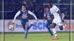 Indosport - Arema FC vs Persib Bandung