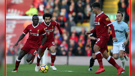 Kalahkan rekan setimnya sendiri di Liverpool, Sadio Mane raih predikat pemain terbaik se-Afrika. - INDOSPORT