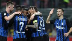 Indosport - Para pemain Inter Milan merayakan selebrasi.