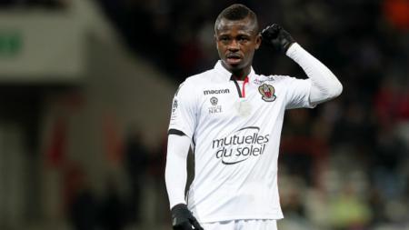 Mahalnya banderol N'Golo Kante membuat Inter Milan mengarahkan fokus mereka di bursa transfer ini kepada Jean Michael Seri, gelandang klub Liga Inggris, Fulham. - INDOSPORT