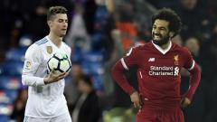 Indosport - Gol Salto Cristiano Ronaldo resmi dikalahkan gol chip Mohamed Salah.