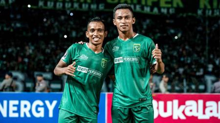 Osvaldo Haay dan Irfan Jaya. - INDOSPORT