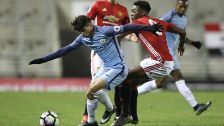 Manchester United U-23 vs Manchester City U-23. - INDOSPORT