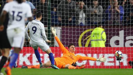 Raja Snooker asal Australia sekaligus penggemar Chelsea, Neil Robertson, mengaku tak tahan melihat penampilan Alvaro Morata berseragam tim idolanya. - INDOSPORT