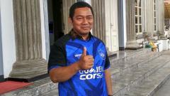 Indosport - Hendrar Prihadi mengajak pihak swasta untuk mendukung kiprah PSIS Semarang di Liga 1 2019.