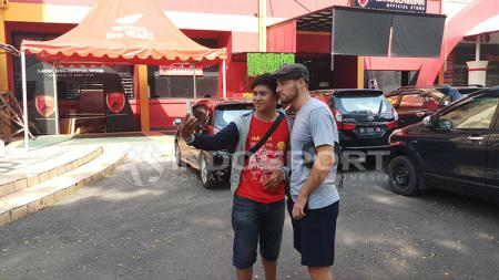 Pemain asing PSM Makassar, Marc Klok. - INDOSPORT