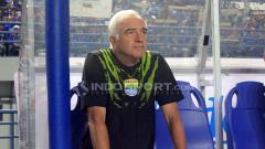 Indosport - Pelatih Persib Bandung, Roberto carlos Mario Gomez.