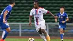Indosport - Pemain Felcra FC David Laly.