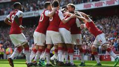 Indosport - Para pemain Arsenal merayakan gol yang dicetak oleh Nacho Monreal.