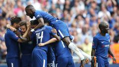 Indosport - Selebrasi gol Chelsea atas Southampton di final Piala FA.