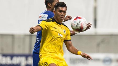 Khairul Amri, eks striker Persiba Balikpapan yang baru saja memutuskan pensiun dari Timnas Singapura. - INDOSPORT