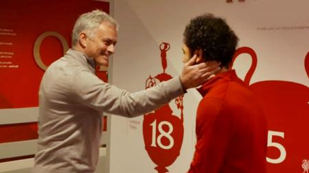 Jose Mourinho dan Mohamed Salah. - INDOSPORT