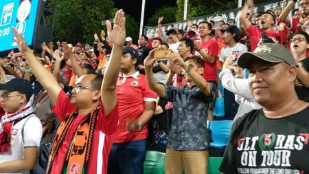 Dukungan Jakmania yang menyaksikan langsung laga Tampines Rovers vs Persija Jakarta di Jalan Besar Stadium. - INDOSPORT