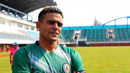 Pemain PSS Sleman Cristian Gonzales. - INDOSPORT