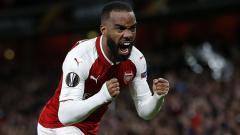 Indosport - Alexandre Lacazette, striker Arsenal besar kemungkinan akan direkrut oleh Atletico Madrid.