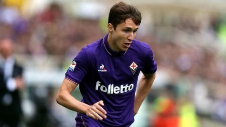 Inter Milan kabarnya sedang dalam posisi yang lebih unggul dari Juventus dalam perebutan pemain Fiorentina, Federico Chiesa. - INDOSPORT