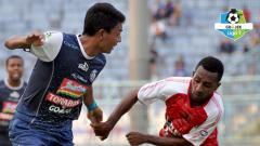Indosport - Arema FC vs Persipura