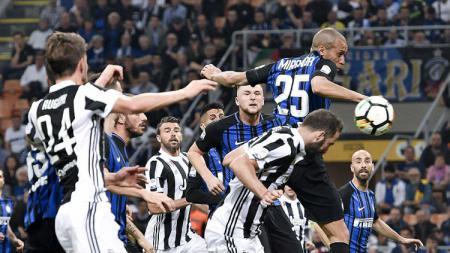 Gelar Serie A Liga Italia bisa saja dicuri Inter Milan, Gonzalo Higuain selaku striker Juventus menyebutkan itu kala timnya sedang santai. - INDOSPORT
