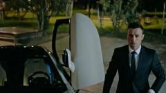 Indosport - Dimitar Berbatov dalam film terbarunya, The Revolution X