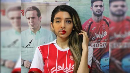 Wanita Iran menyamar untuk menyaksikan pertandingan sepakbola - INDOSPORT