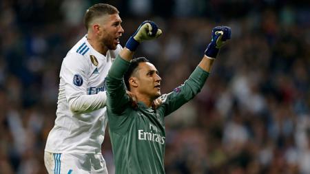 Keylor Navas (kanan) dan Sergio Ramos, dua pemain bintang Real Madrid. - INDOSPORT