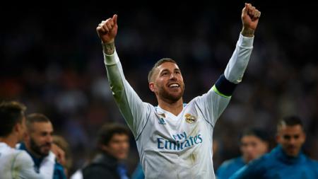 Sergio Ramos selebrasi usai Real Madrid dipastikan ke final Liga Champions. - INDOSPORT