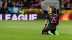 Indosport - Hector Bellerin meratapi kekalahan Arsenal.