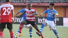 Indosport - Madura United vs Persib.