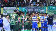 Indosport - Vamos Mataram 3x0 SKN FC Kebumen sebelum pertandingan dimulai.