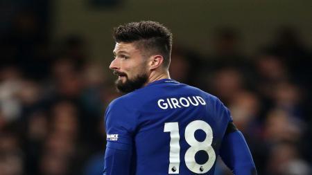 Ditengah Chelsea yang terpuruk di bursa transfer Januari 2018, setidakhnya Conte masih berhasil memboyong Olivier Giroud dari Arsenal. - INDOSPORT
