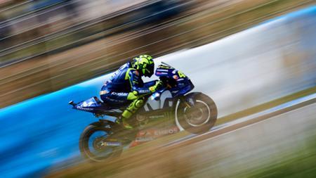 Valentino Rossi saat balapan di Sirkuit Jerez dalam seri MotoGP Spanyol 2018. - INDOSPORT
