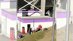 Indosport - Sepasang Kekasih Kedapatan Mesum di Stadion