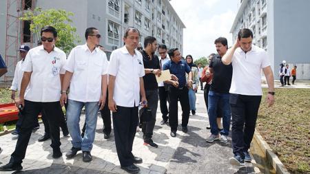Rombongan OCA ketika meninjau Jakabaring Sport City - INDOSPORT