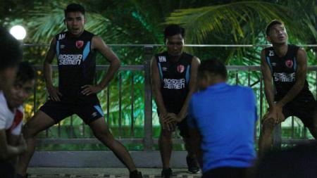 Latihan Ringan PSM Makassar. - INDOSPORT