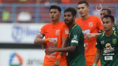 Indosport - Pertandingan antara Borneo FC vs Persebaya Surabaya di tahun 2018 lalu.