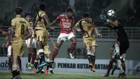 Mitra Kukar vs Bali United di putaran pertama Liga 1 2018. - INDOSPORT