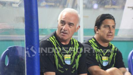 Mario Gomez dan Fernando Soler. - INDOSPORT
