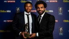 Indosport - Rhian Brewster dan Mohamed Salah di Dinner FWA Footballer of The Year