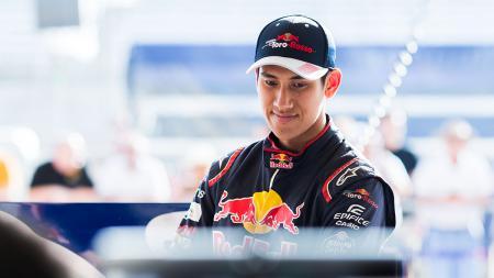 Sean Gelael, pembalap Indonesia. - INDOSPORT