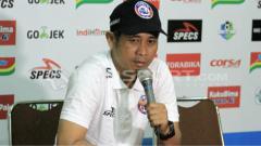 Indosport - Pelatih Arema FC, Joko Susilo.